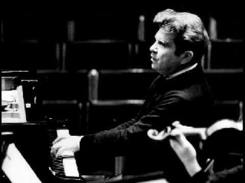 Emil Gilels plays Mendelssohn - Concerto no.1 in G minor, op.25