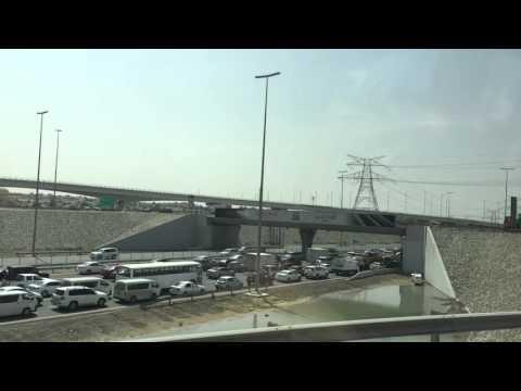 Traffic pile up in Dubai to Abu Dhabi road