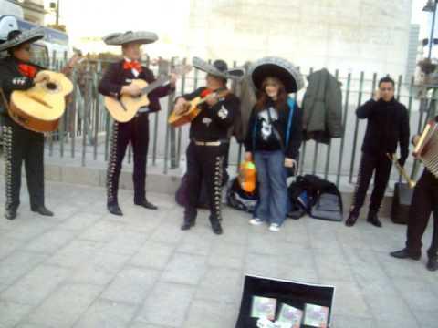 Zazu & Los Mariachis