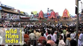 Lakhs of devotees at Jagannath Rath Yatra - Puri, Odisha