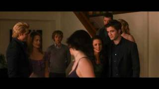 THE TWILIGHT SAGA: NEW MOON - Teaser Trailer