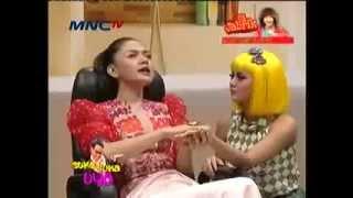 Vicky Shu Di Hipnotis : Payudara Aura Kasih Besar Banget !