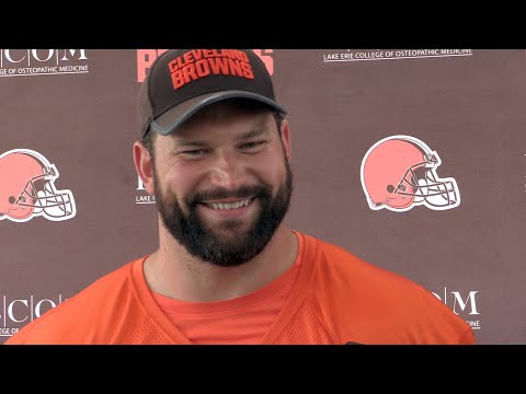 Joe Thomas says Myles Garrett can be an elite pass rusher for the Browns