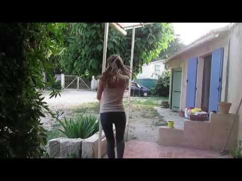 Pole Danse sur Little Party Never Killed nobody