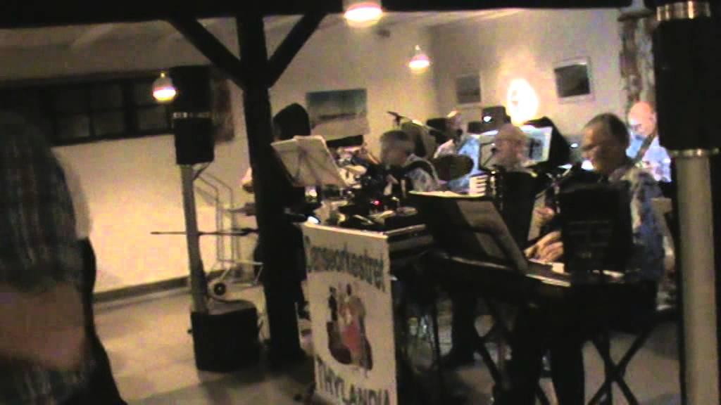 Den gamle harmonika - YouTube
