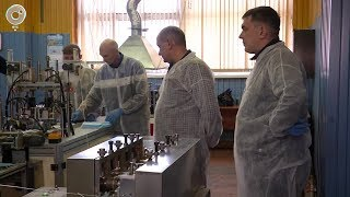 Дефицита противовирусных масок не будет. Какие технологии используют на новом заводе в Бердске?