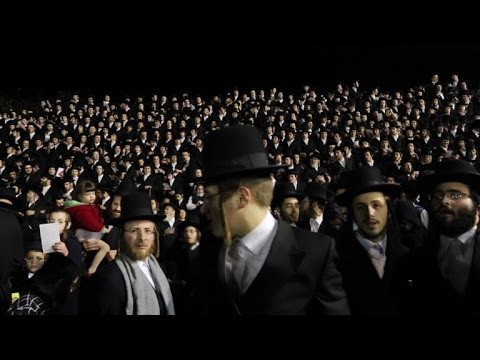 Thousands of Orthodox Jews celebrate Lag BaOmer festival