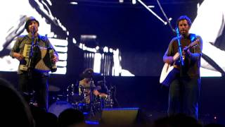 "Jack Johnson & ALO ""Girl, I Wanna Lay You Down"" (Live)"