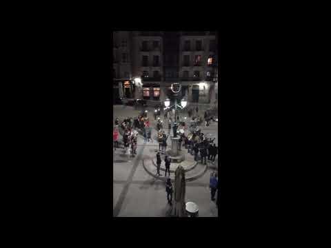 """Manifestación nocturna en Cañadío en defensa del ocio: """"Si este es nuestro ocio, no nos moverán"""""""