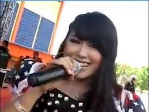 Dangdut terbaru 2014 / Sagita Wiwik - Kereta Malam