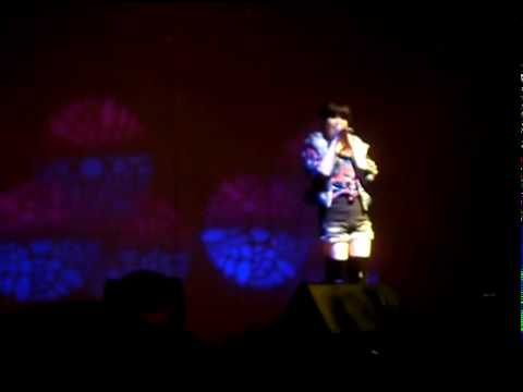 [Fancam] {100226} IU (아이유) - Almost (by Tamia) at Sungkyunkwan University Event