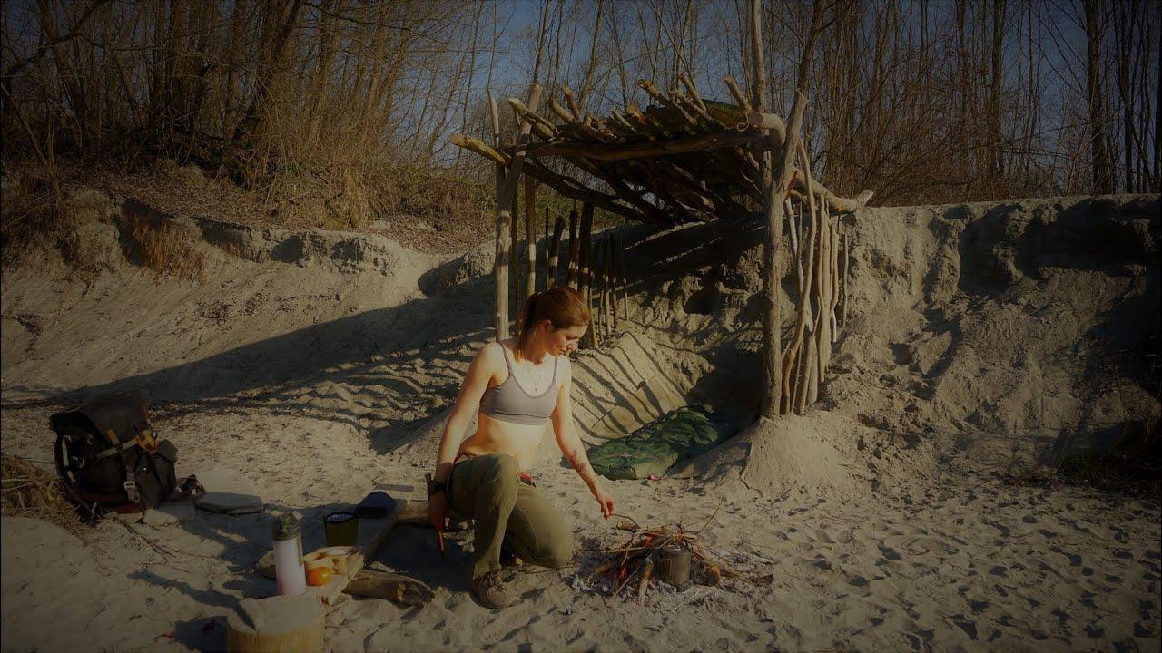 Bushcraft alone on the island - driftwood sand shelter - Vanessa Blank