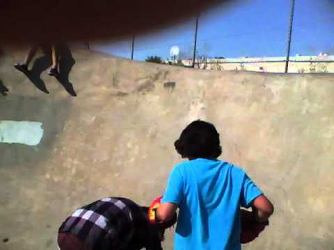 boxing at yuba city sk8 park frankie round 1