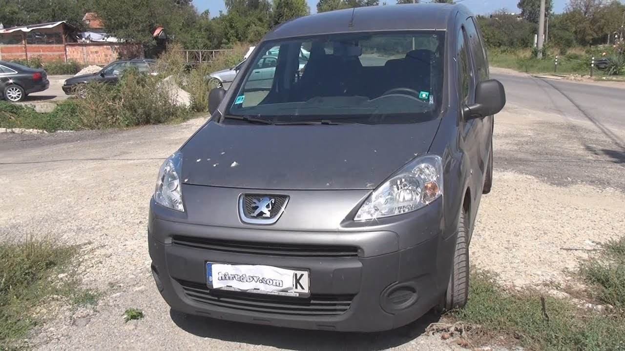 Peugeot Partner Tepee 1.6 HDi (2011) Exterior and Interior - YouTube