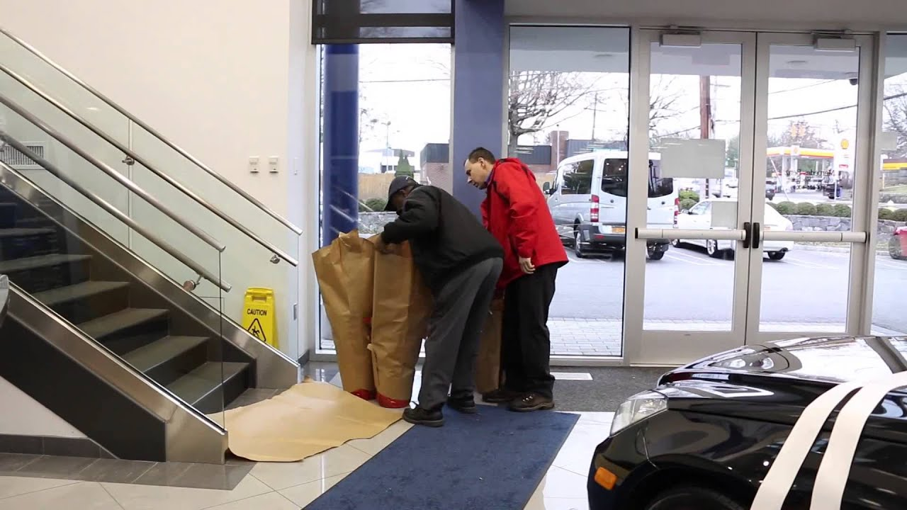Mercedes benz of new rochelle decorating for the for Mercedes benz of new rochelle