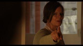 Фанатично религиозная миссис Кармо́ди показывает своё истинное лицо. Фильм Мгла 2007.