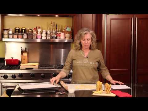 Recipe For Old-Fashioned, Thin, Flat Cheese Straws : Fun Home Cooking Tips
