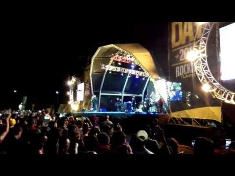 AKA LIVE durban day 2015 SIM DOPE