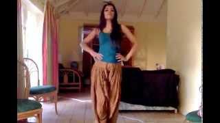 Chittiyaan Kalaiyaan Sanya Arora Dance Steps