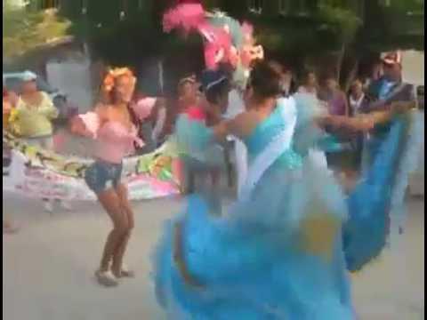 carnaval en San Pedro (sucre) candidata del sagrado corazón de jesus