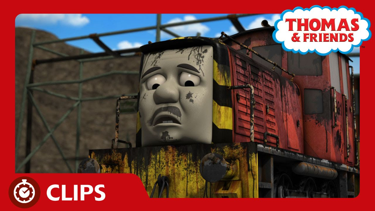 Salty Sets Sail Back To The Docks Clips Thomas
