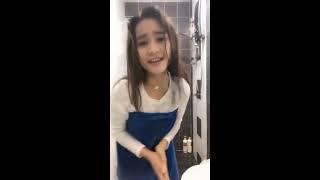 Download Video Awek melayu joget dalam shower basah-basah bigo live MP3 3GP MP4