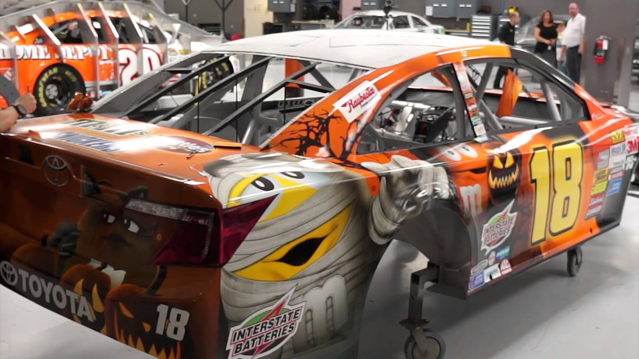 18 mms toyota gets dressed for halloween youtube - Kyle Busch Halloween Car