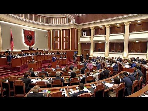 euronews (in Italiano): Ue: Albania e Macedonia del Nord rimandate a ottobre
