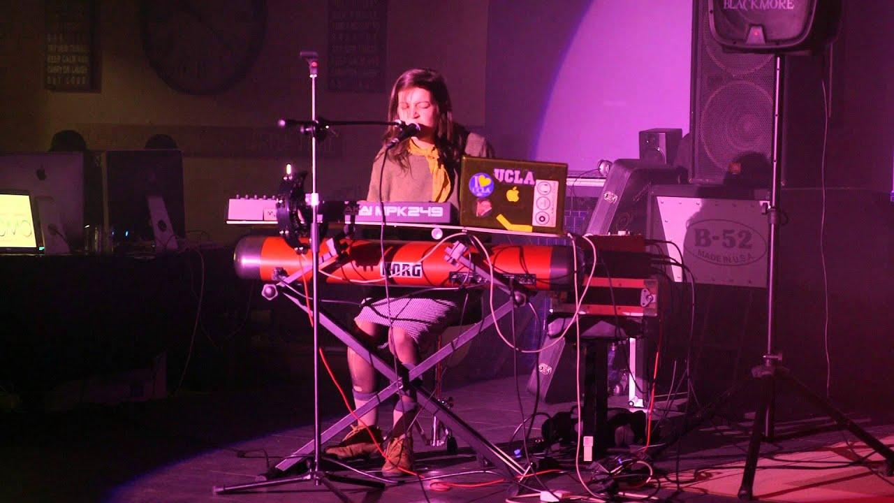 Lindsay Olsen Live At Dmtx