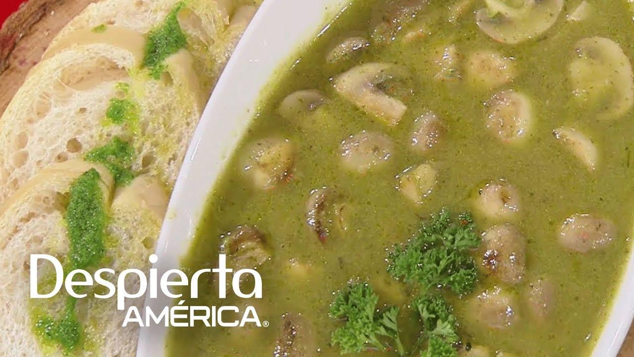 Receta De Champiñones Al Ajillo En Salsa Verde Cocineros Latinos
