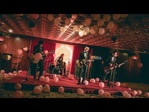滅火器Fire Ex.-〈十二月的妳 A One and A Two〉 Official Music Video