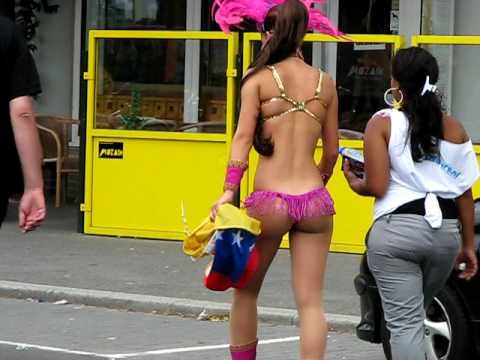 zomercarnaval 2010 rotterdam hot girl dancing High Quality