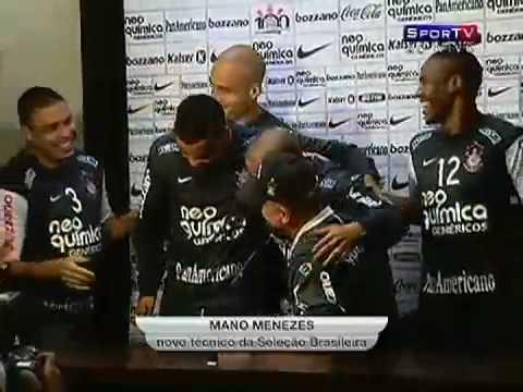Ronaldo, Roberto Carlos e Cia. invadem a coletiva ...
