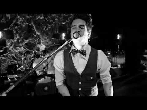 Panic! at the Disco - Bittersweet (Lyrics + Subs Español)