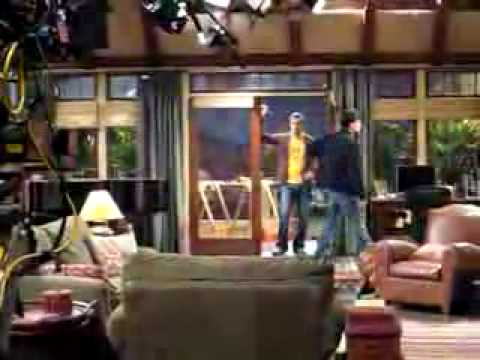 Enrique on Two and a Half Men