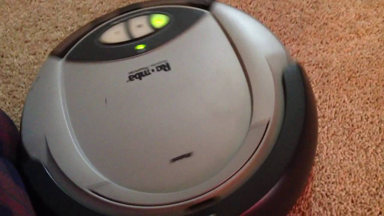 example of the first roomba ever  2002 model   video taken