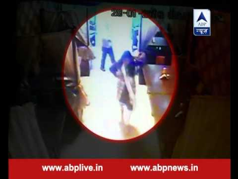 Restaurant CCTV captures man shooting dead his girlfriend for asking money time and again
