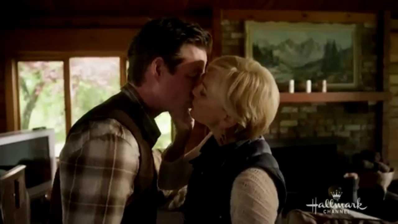 Download Grace and Cliff | Cedar Cove Season 2