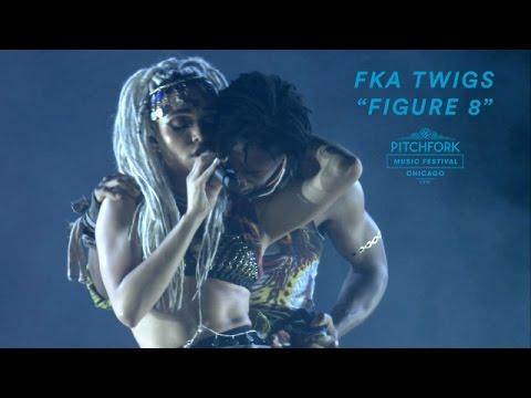 "FKA twigs Performs ""Figure 8"" | Pitchfork Music Festival 2016"