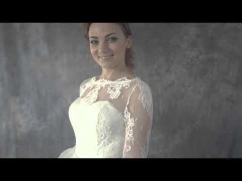 Каталог кружевных свадебных платьев от салона милано вера. Большой ассортимент моделей с кружевом по низким ценам. Помощь консультанта в выборе платья, бесплатная примерка и подгон по фигуре.