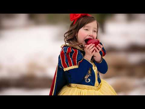 Go Behind The Scenes Of Snow White With Top Billing Full Insert
