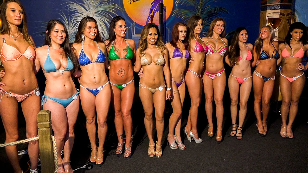 Hooters bikini contest video — pic 9
