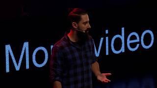 Crónicas de un hacker | El Cuervo | TEDxMontevideo