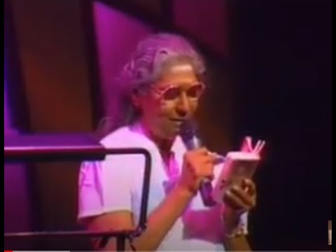Chinna Thayaval Live By Smt. S. Janaki