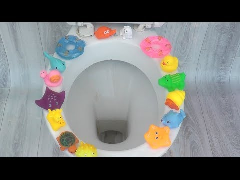 Will it flush? Lots of Bath Toys and Kinder Joy Surprise Eggs Amazing Experiment