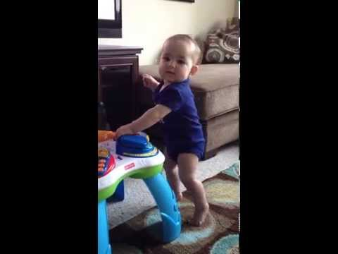 9 Month Old Baby Girl Dances to Katy Perry MUST SEE SO FUNNY