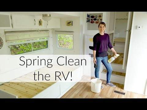 RV Spring Cleaning: Clean With Me Using Non-Toxic Products