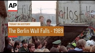 The Berlin Wall Falls - 1989  | Today in History | 9 Nov 16