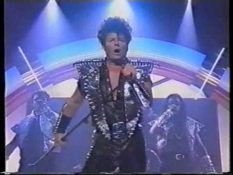 gary glitter - rock and roll part 1 - YouTube
