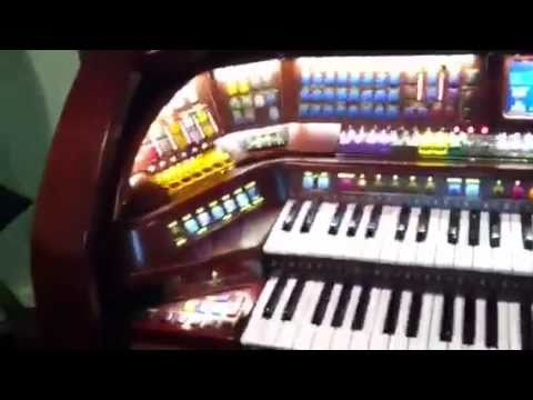Lowery Imperial Organ Its Like A Cool Piano